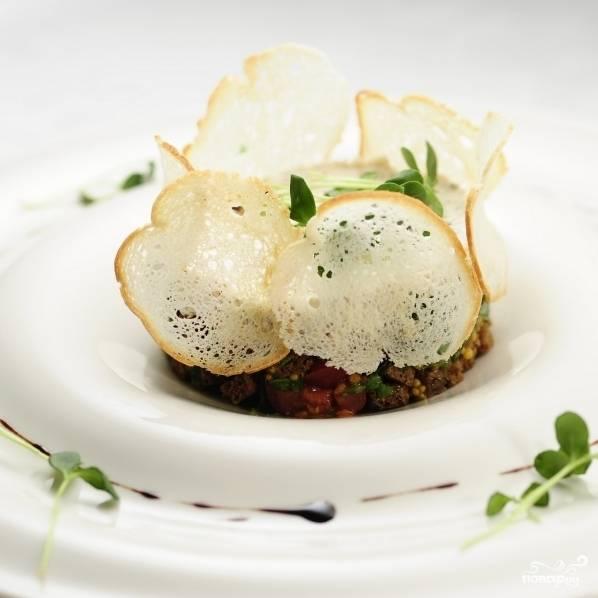 Итальянский салат готов к подаче и употреблению. Buon appetito.