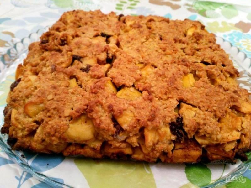 Яблочный пирог из овсяного теста невероятно вкусен как в тёплом, так и в холодном виде. Приятного чаепития!