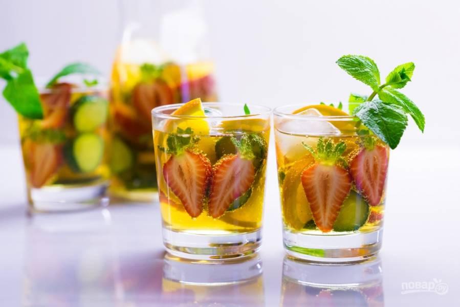 5 вариантов простых и вкусных напитков для праздничного стола