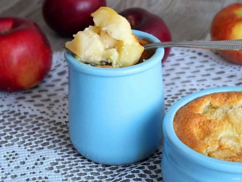Десерт можно подавать как слегка теплым, так и полностью охлажденным. Выбор за вами. Приятного аппетита!