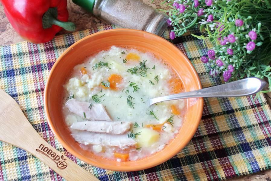 Суп из индейки с клецками