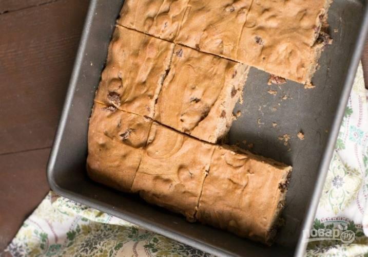 3. Выпекайте десерт в течение 25 минут при температуре 180 градусов.
