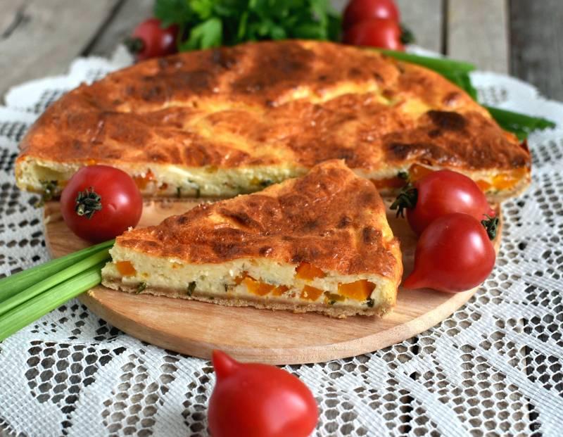 Киш с тыквой и зеленым луком в сырной заливке
