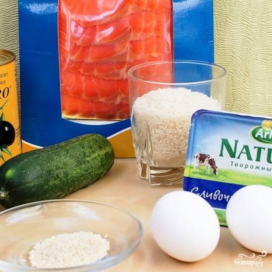 Ингредиенты - практически такие же, как при приготовлении роллов.