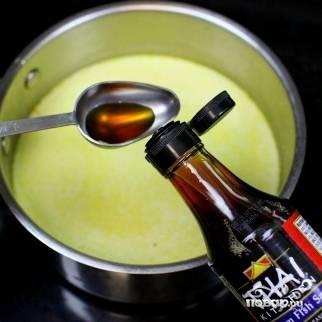 15. В суп добавьте соевый или рыбный соус. Здесь они взаимозаменяемые.