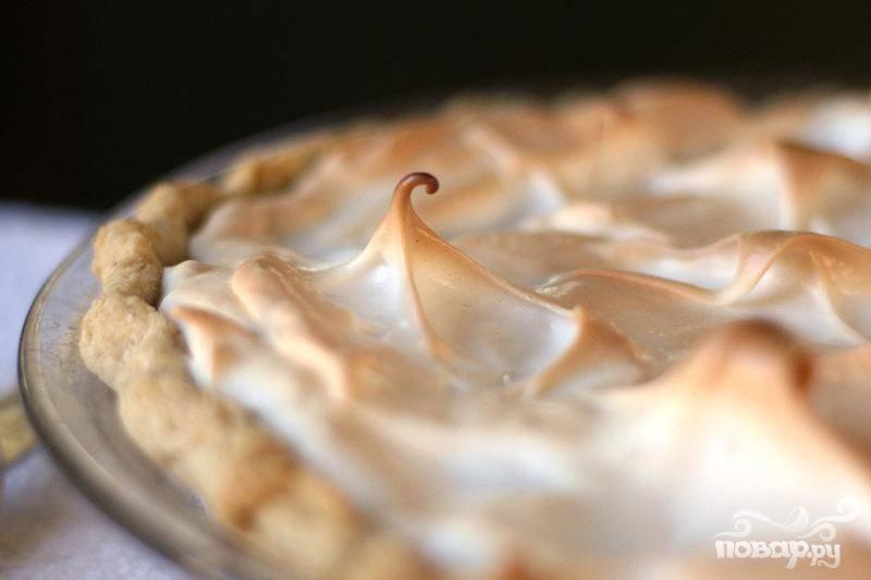Ананасовый пирог с безе