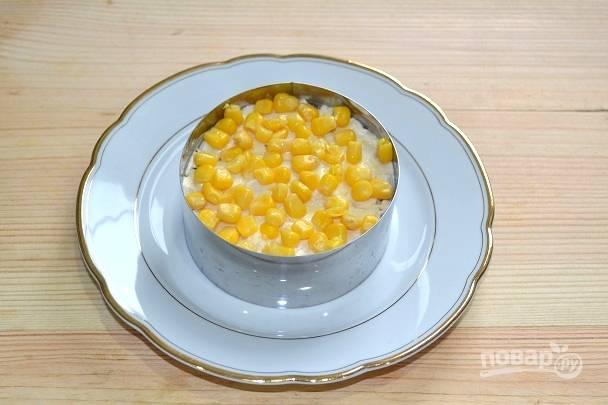 10. Украсьте верх кукурузой.
