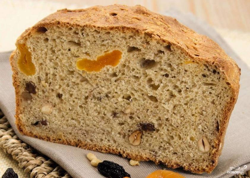 Хлеб с сухофруктами в духовке