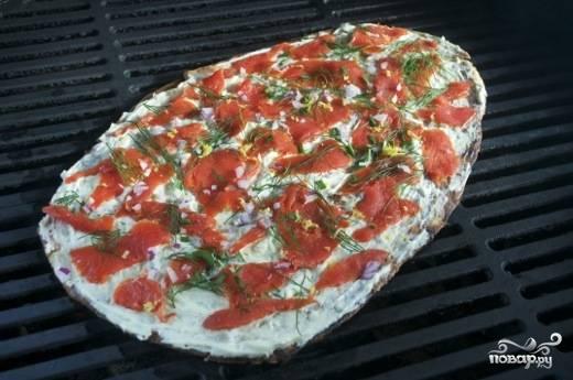 Пиццу можно отправлять обратно в духовку или на гриль.
