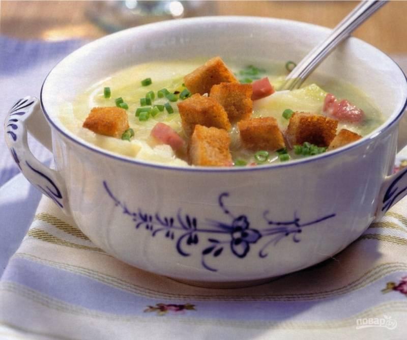 Хрустящий капустный суп с сухариками