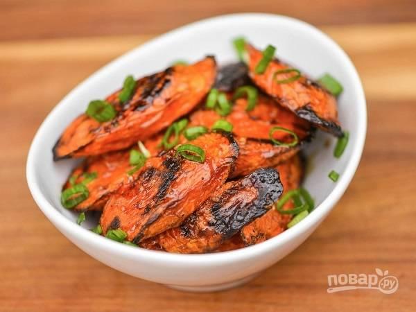 Морковь на гриле в глазури