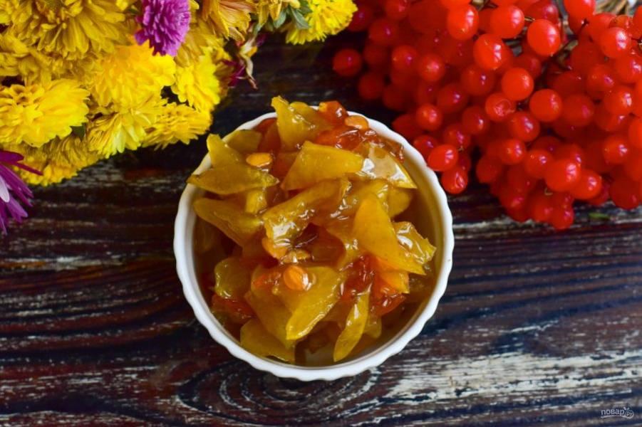 Густое, полезное и очень вкусное варенье из яблок и калины готово! Приятного аппетита!