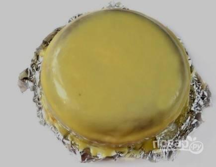 И затем глазурью можно заливать торты, пирожные.