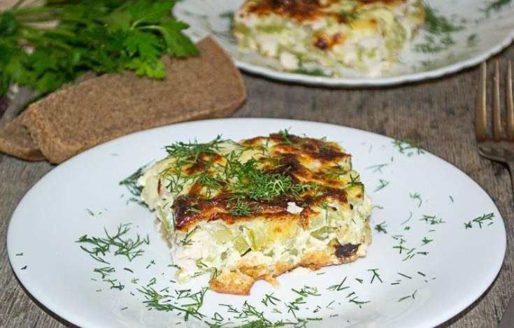 При подаче на стол посыпаем блюдо свежей зеленью. Приятного аппетита!