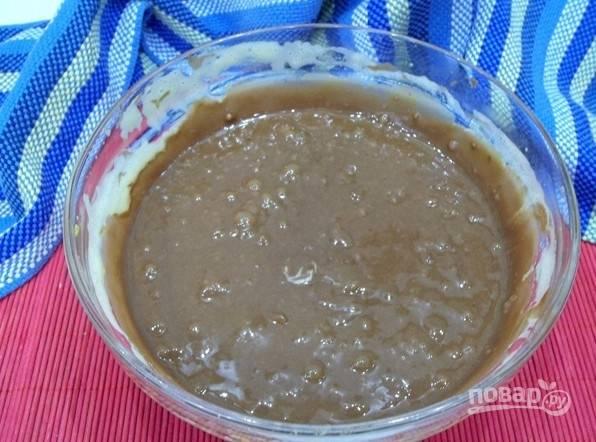 7. Получится жидкое шоколадное тесто.