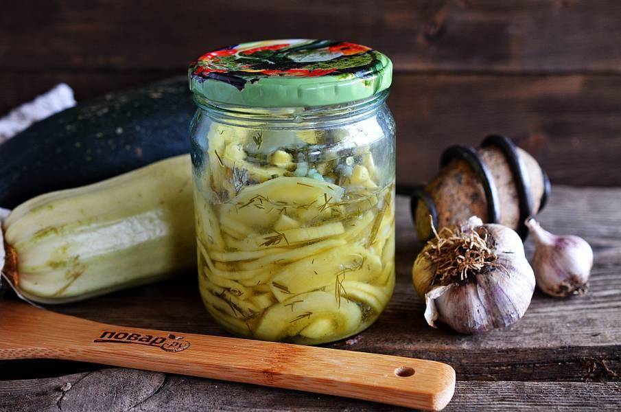 Салат из кабачков с зеленью и чесноком на зиму