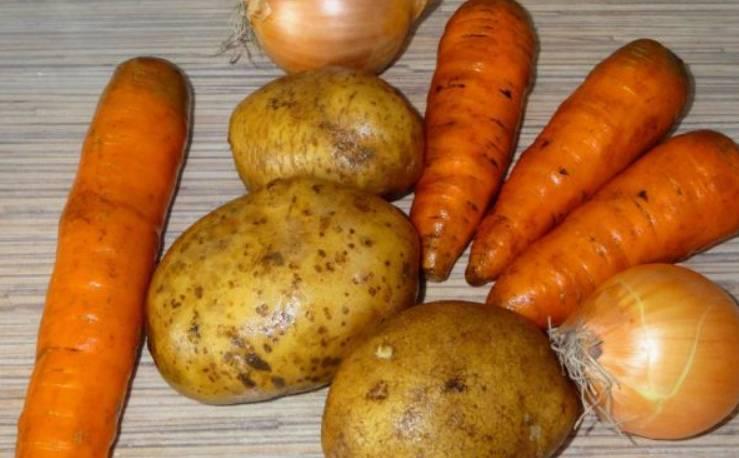 Подготовьте все необходимые ингредиенты. Овощи тщательно промойте.