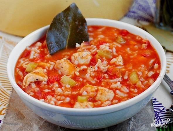 """8. Вот и весь секрет, как приготовить суп """"Гамбо"""". Подавайте его сразу к столу, по желанию дополнив свежей зеленью."""