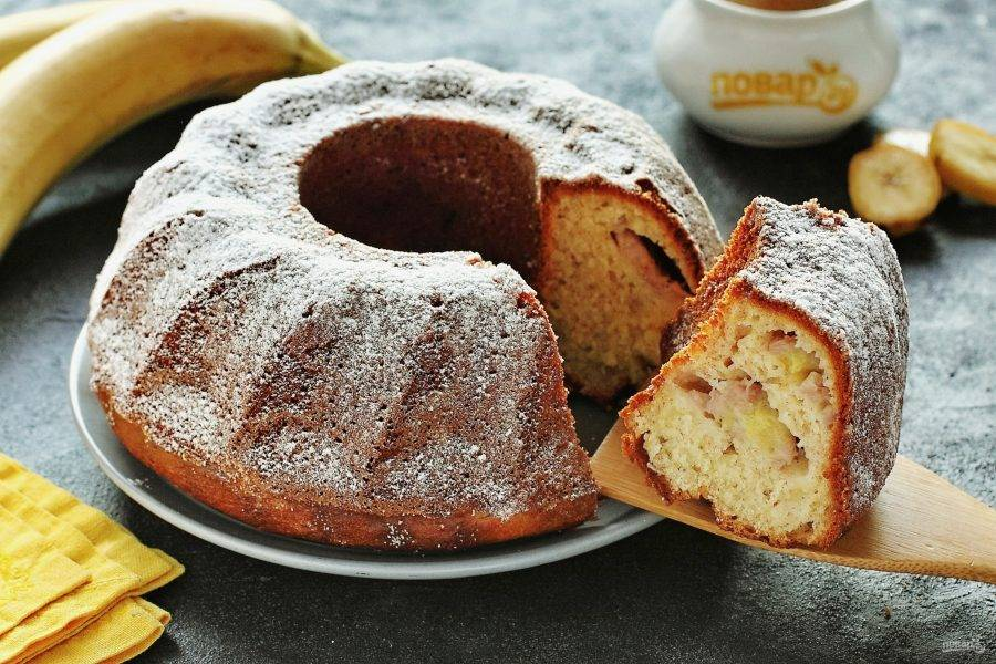 По желанию кекс можно украсить сахарной пудрой. Приятного аппетита!