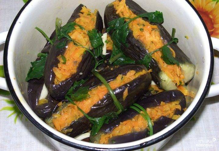 Баклажаны соленые с морковкой
