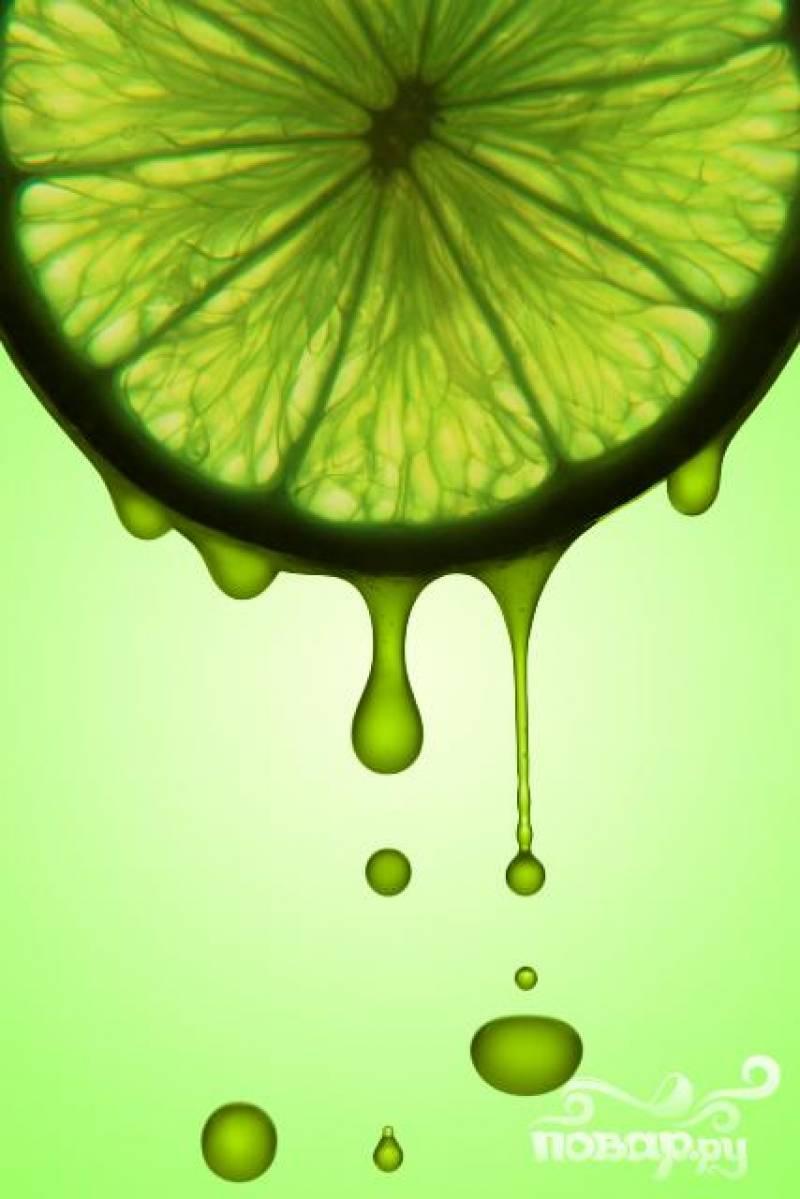 2. Замороженный концентрат лайма вы можете заменить на свежевыжатый сок лайма, его понадобится 1 стакан.