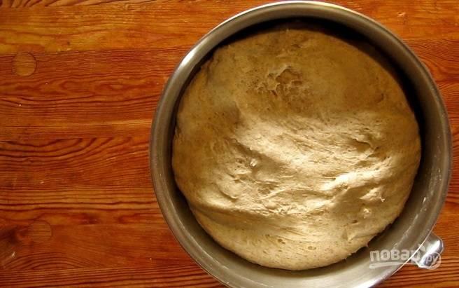 3.Накройте тесто полотенцем и оставьте при комнатной температуре на 60-120 минут, чтобы оно хорошо поднялось.