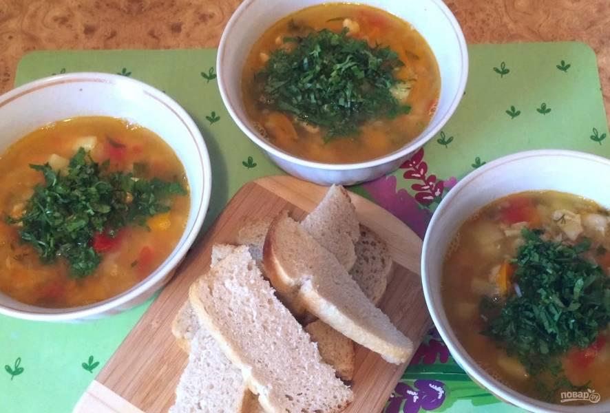 Суп из чечевицы с курицей и овощами