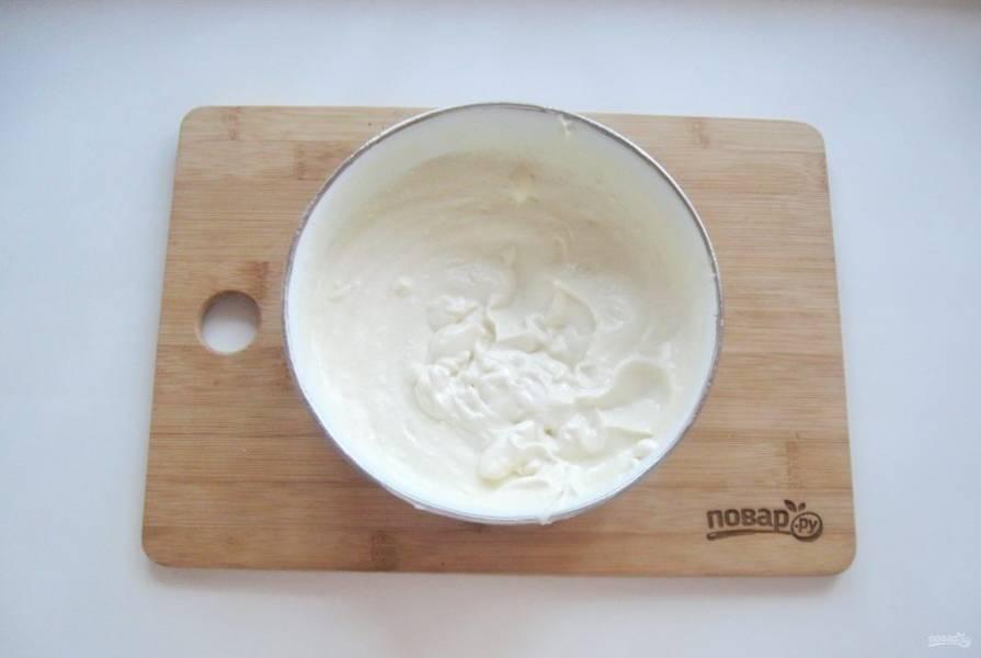 8. Все ингредиенты начинки взбейте блендером до консистенции крема.