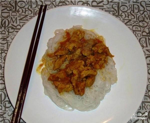 Рисовая лапша со свининой
