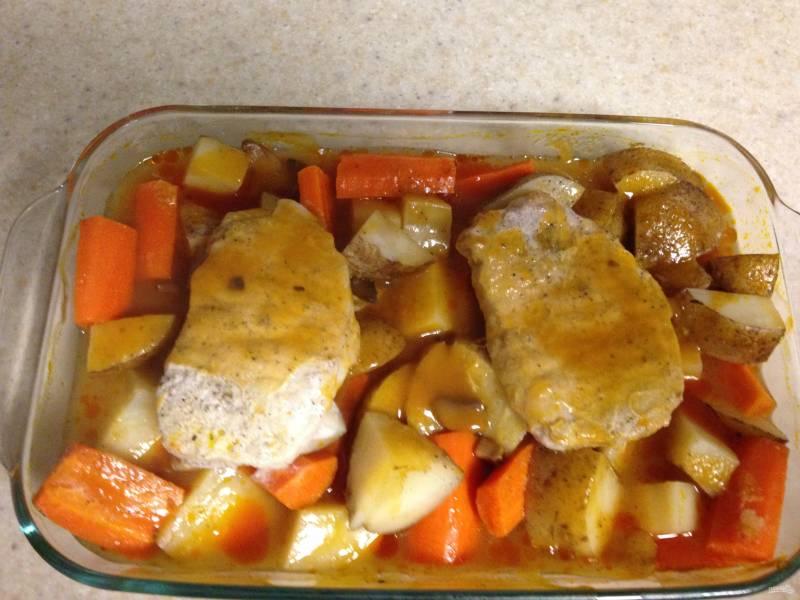 Свинина в духовке с картошкой