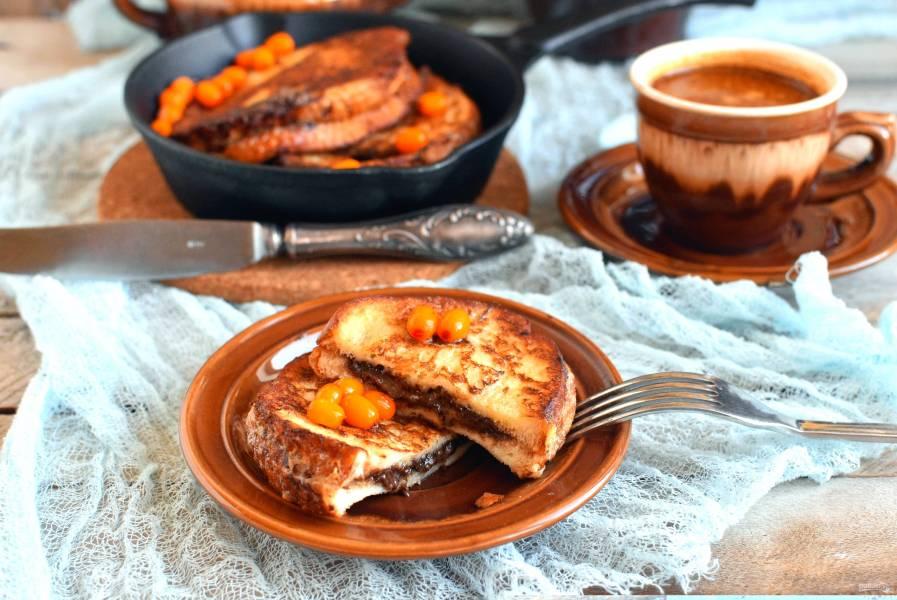 Французские тосты с шоколадной пастой