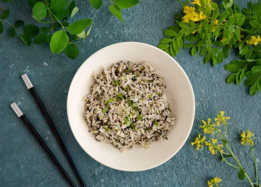 Рис с зеленым луком готов, приятного аппетита!