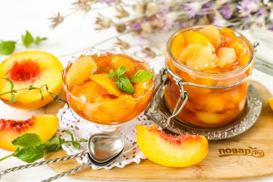 Персиковое варенье с коньяком