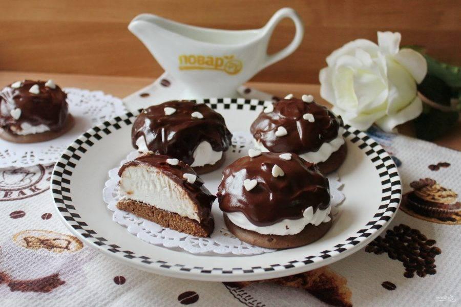 Печенье с зефиром готово. Подавайте на десерт.
