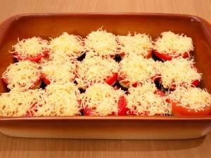 9. Наконец, посыпьте сыром, запекайте полчаса (180 градусов).