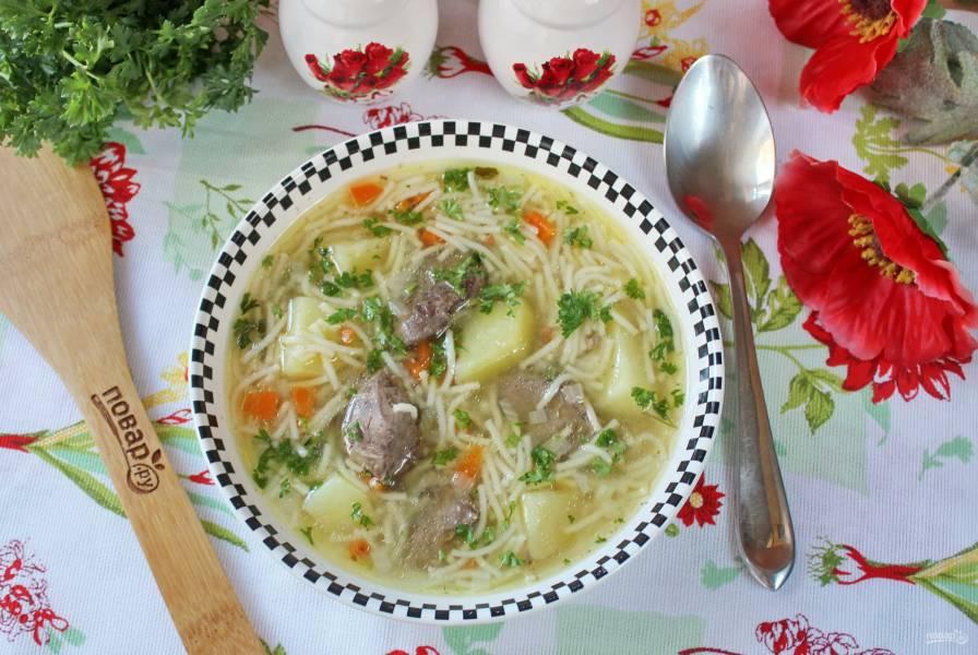 Суп из куриной печени с вермишелью
