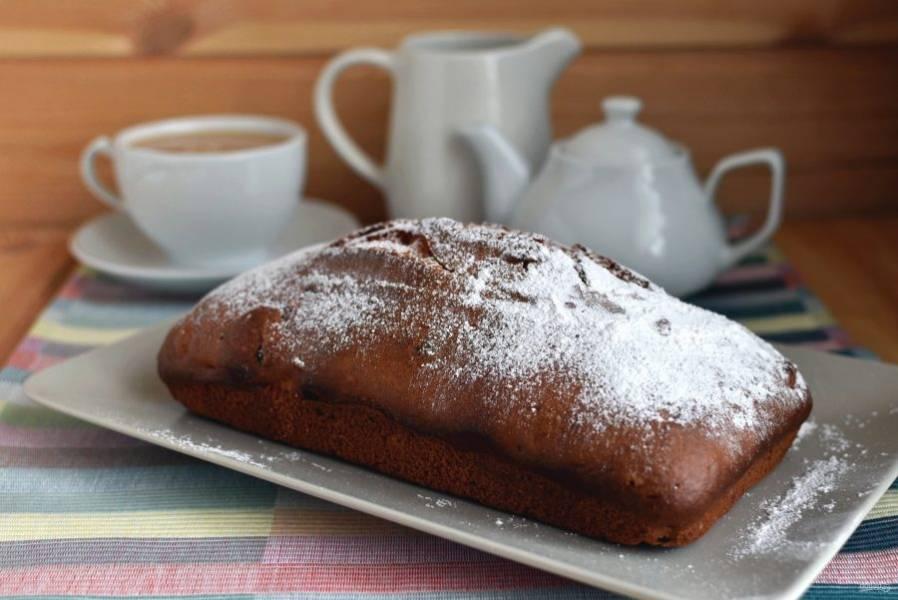 Посыпьте сахарной пудрой и подавайте.