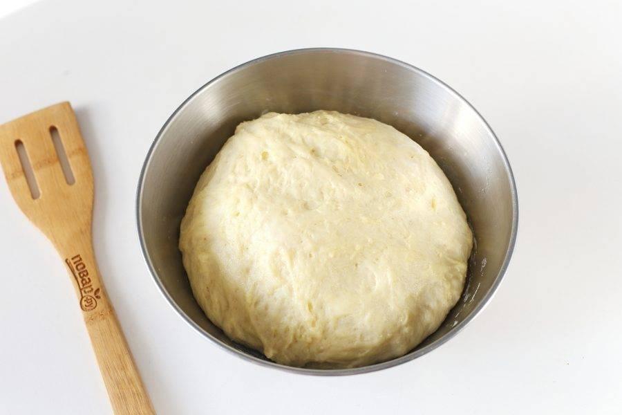 Подошедшее тесто должно увеличиться в размере в два раза.