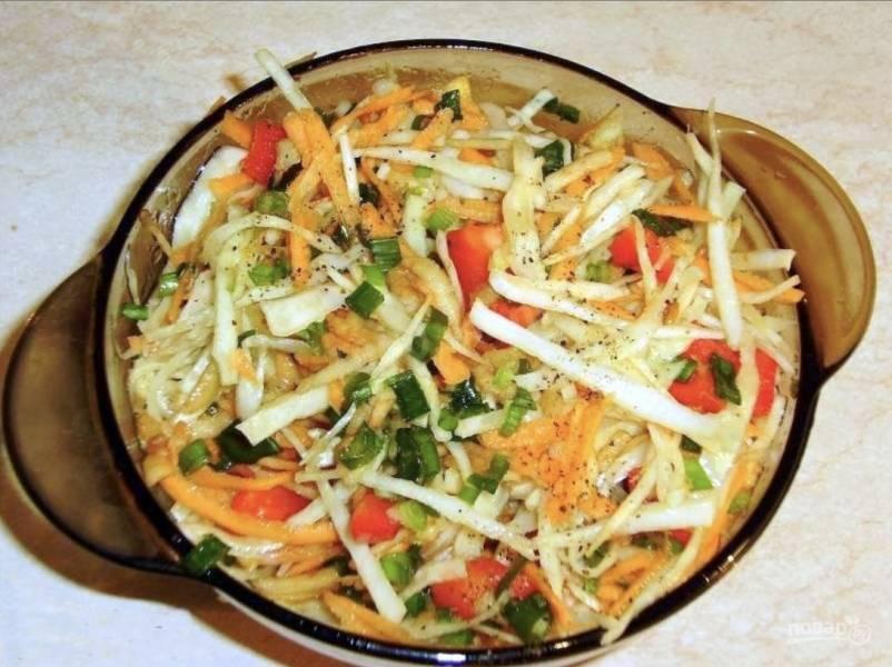 Салат из свежей капусты и болгарского перца