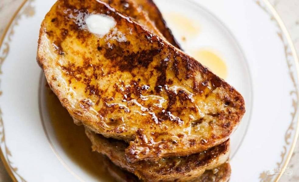 3.Подавайте к столу горячим с кленовым сиропом.