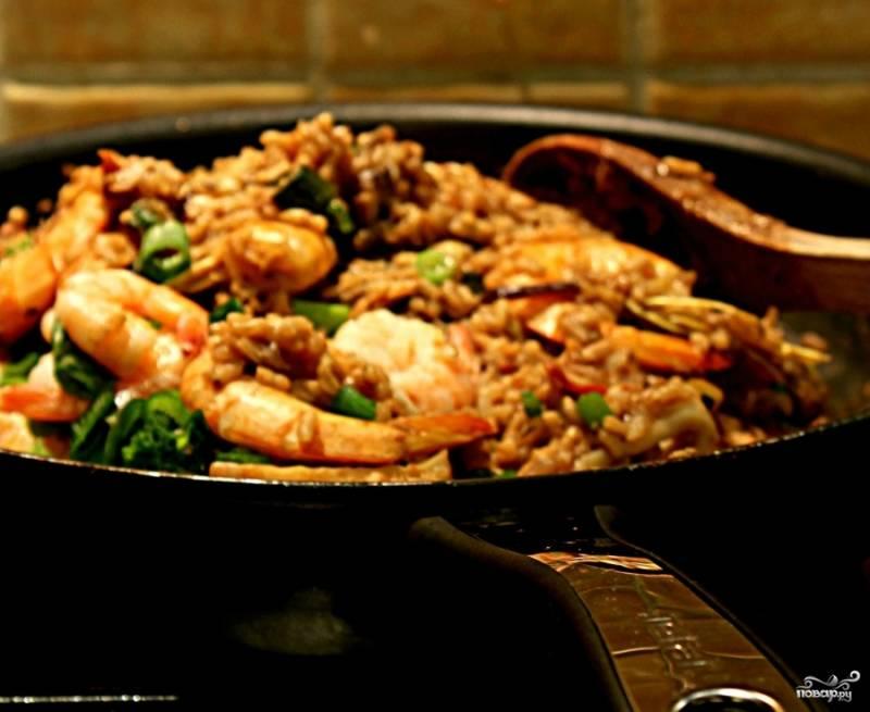 Рис с морепродуктами по-японски