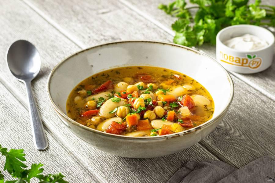 Суп с нутом и фасолью