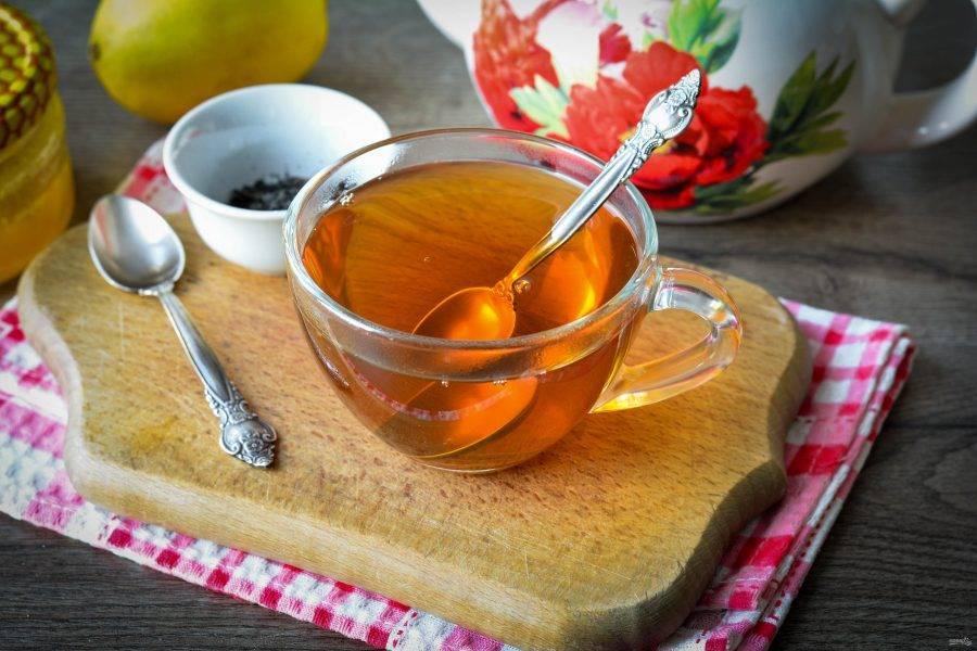 Ароматный и вкусный чай для похудения готов. Если любите сладкие напитки, то подавайте такой чай с небольшим количеством меда. Также можно добавить немного лимона. Приятного чаепития!