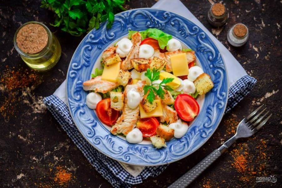 Ресторанная классика в домашних условиях! Топ рецептов салата «Цезарь»