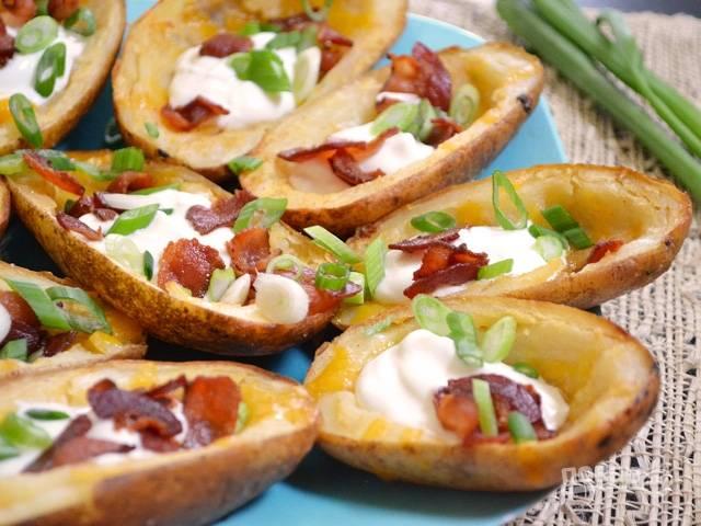 Картофель с беконом и сыром в духовке