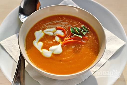 Морковный суп-пюре с имбирем и карри