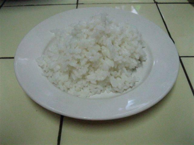 3. Рис нужно немного остудить.