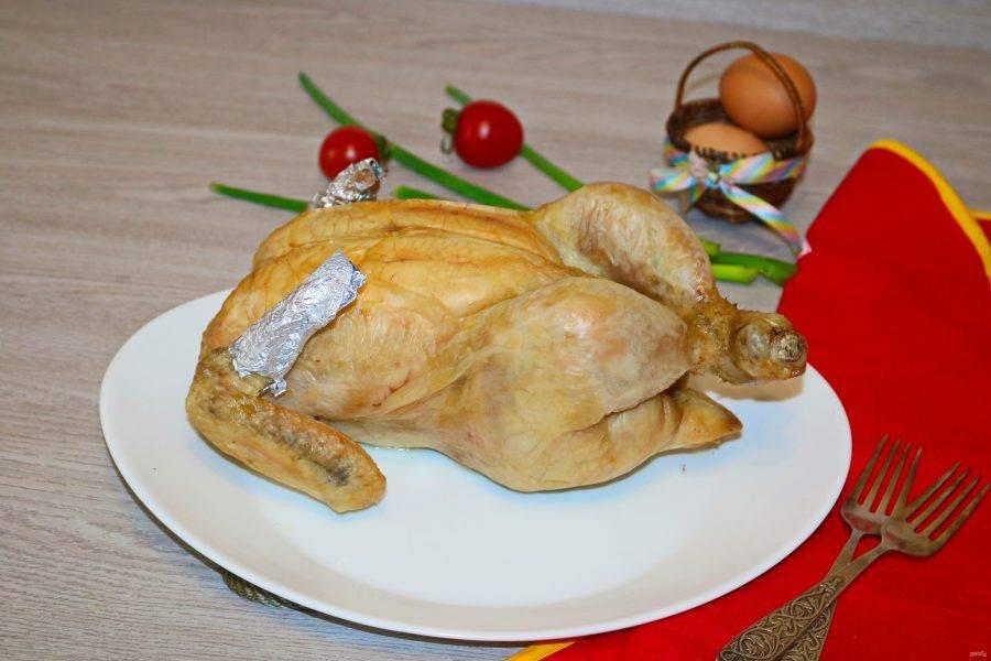 Курица на соли готова. Мясо нежнейшее, сочное и в какой-то мере диетическое. Приятного аппетита!