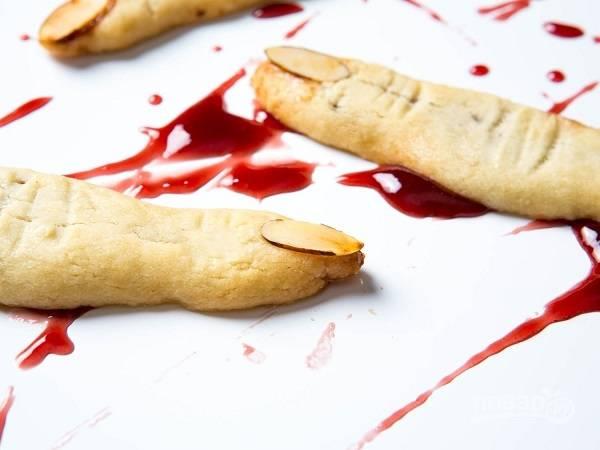 """10. Выпекайте песочное печенье """"Ведьмины пальчики"""" в разогретой до 190 градусов духовке минут 15 до румяности. Приятного аппетита!"""