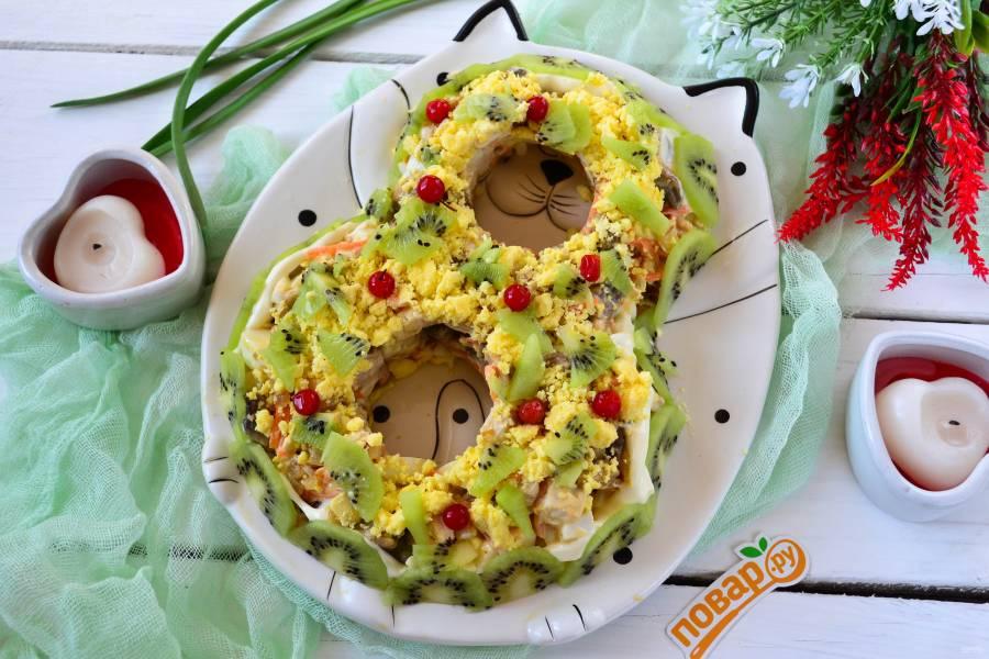 Очень вкусный салат на 8 Марта